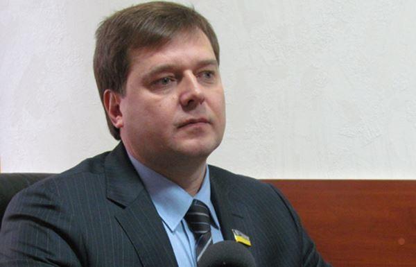 Украинский депутат разочарован Майданом и посещает Крым