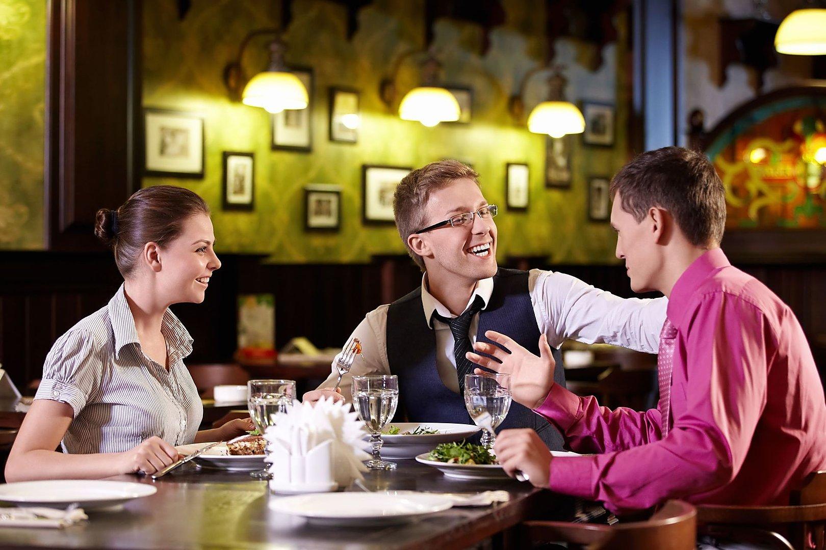 Этикет     - Страница 16 1531061988_restoran